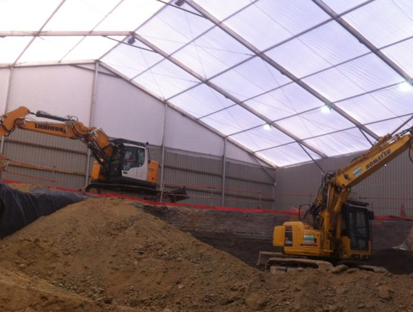 Excavation sous tente